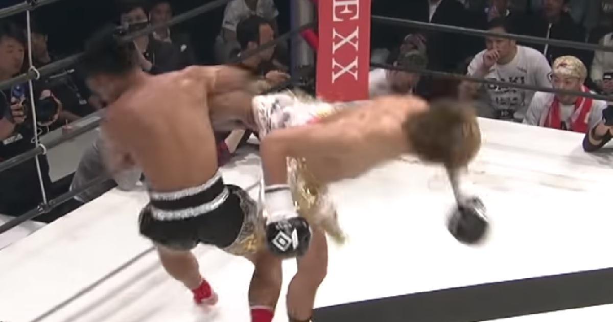 ワンチャローン・PKセンチャイジムにバックスピンキック、飛び後ろ蹴りする那須川天心